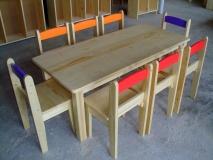 Detský stolík + stoličky